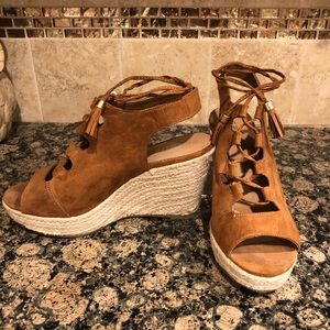 Report Wedge Suede shoes (tan)